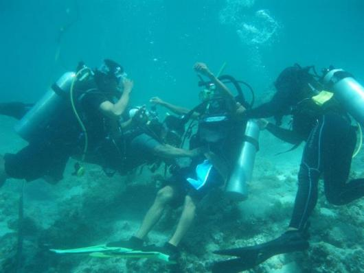 recovery of an unconscious scuba diver exercise